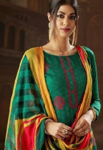 SB TRENDZ VINTAGE WHOLESALE PAKISTANI SUITS ONLINE