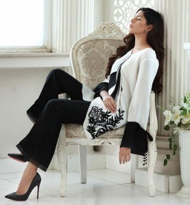LUXURY PRET COLLECTION IN BLACK AND WHITE SURAT SUITS ONLINE SINGLES