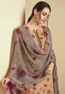 SHAHNAZ ARTS SAFEERA PAKISTANI SUITS AT WHOLESALE PRICE
